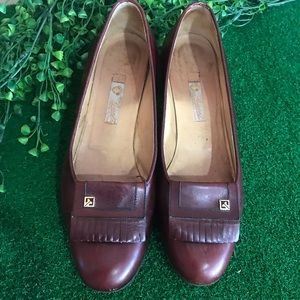 Gucci Brown Leather Flats Sz 35.5B